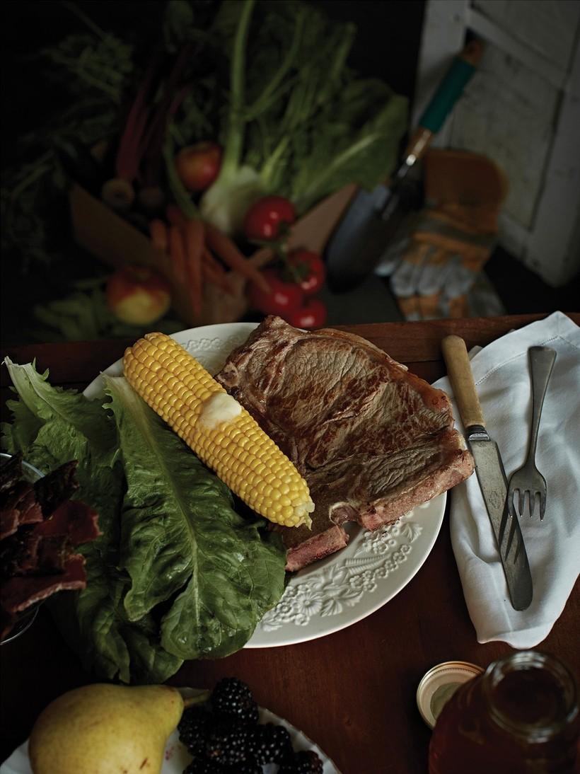 Мясо и насекомые: чем запасаются американцы, ожидающие конца света