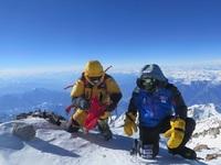 Альпинисты на вершине Нанга Парбат