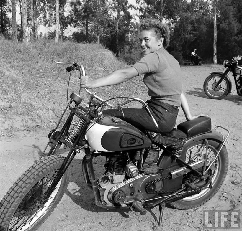 Дерзкие снимки женщин-мотоциклисток 1949 года, ставших героинями выпуска LIFE
