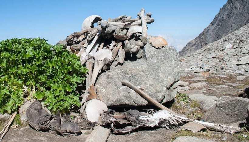 Тайны скелетов озера Роопкунд: мифология против науки