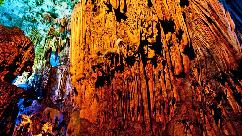 Пещера Тростниковой флейты: невероятно красивое подземелье, вызывающее восхищение