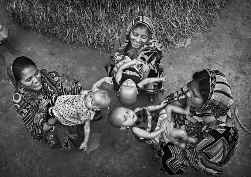 Конкурс женского портрета, выражающий многогранность красоты жительниц нашей планеты
