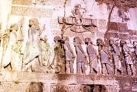 Бехистунская скала: о чем повествуют тысячелетние тексты, высеченные на горе в Иране