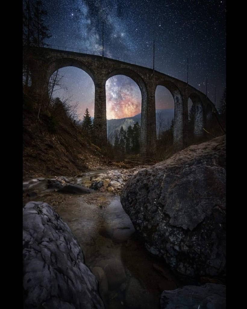Фотограф снимает ночное небо Швейцарии и показывает, насколько волшебна его страна