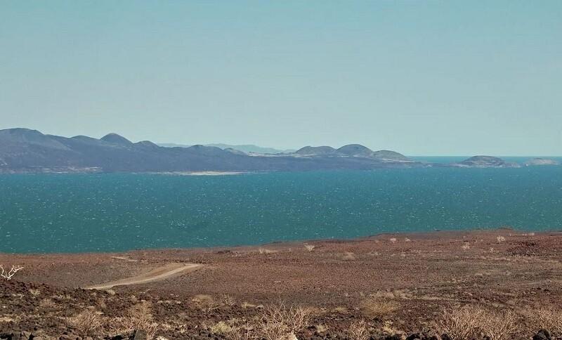 Озеро Рудольф и побережье