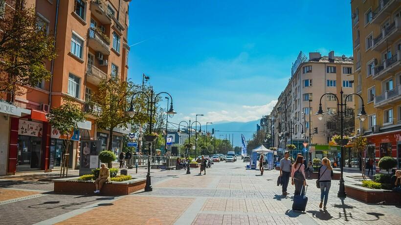 Иностранцы из-за этой традиции часто теряются на улицах городов. Фото: Sami C/flickr.com